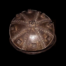 a-very-old-baule-bronze-bowl-and-lid_t1167b