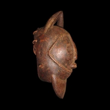 an-old-dogon-mask_t5453b