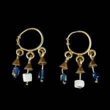 Pair of Byzantine gold earrings