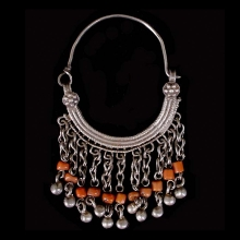 pair-of-pashtun-silver-tribal-earrings-with-coral-beads_x6004b