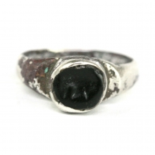 Sassanian silver ring with black stone bezel
